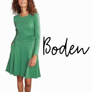 Boden size 8 green ponte knit fit and flare dress with long sleeves banded waist
